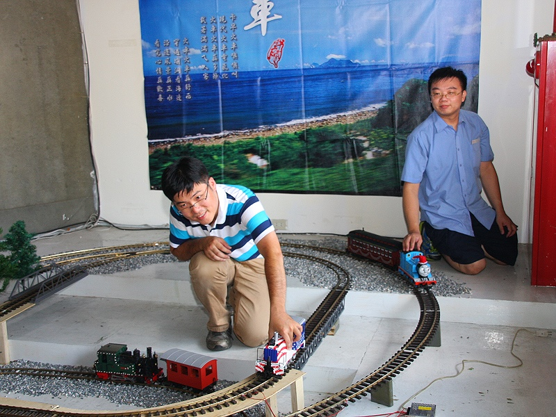 兩檔創意藝術展同時在鐵道藝術村開展