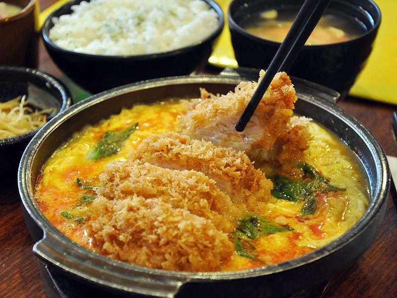 來自健康的大麥豬美食 台南平價炸豬排餐廳推薦