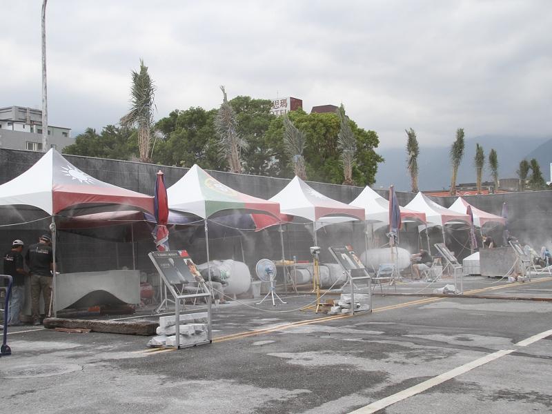 2014花蓮國際石雕藝術季 戶外創作營超吸晴吸引遊客目光