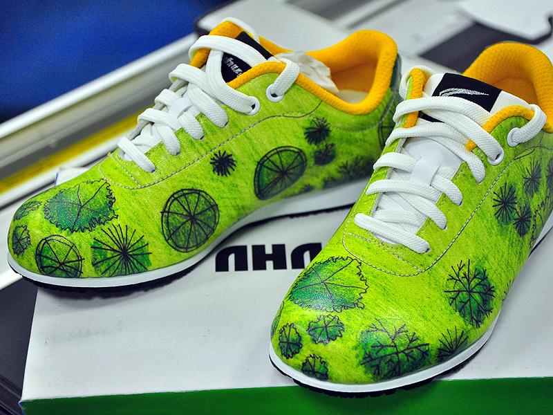 春節旅遊高雄 台灣鞋觀光工廠揭開製鞋面紗