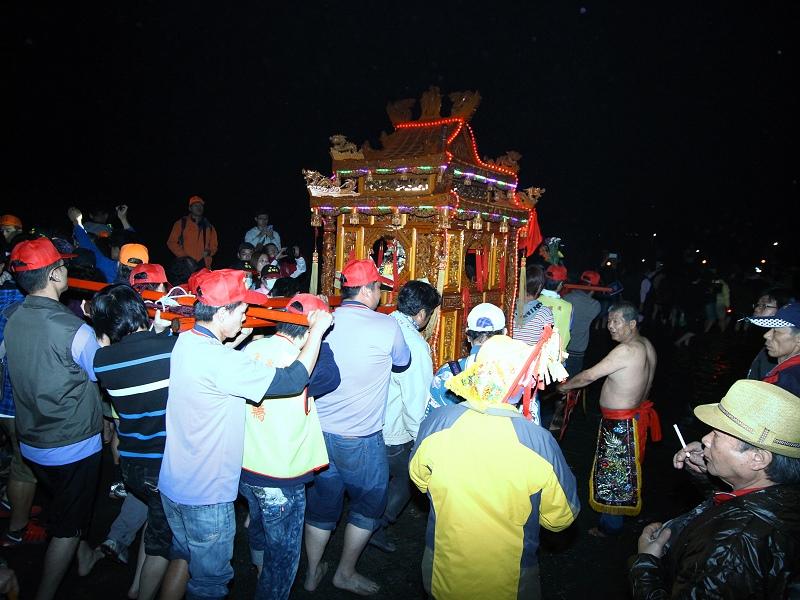 三年一次「三媽愛潦溪」再創新紀錄 參與人數逾3萬人攀新高